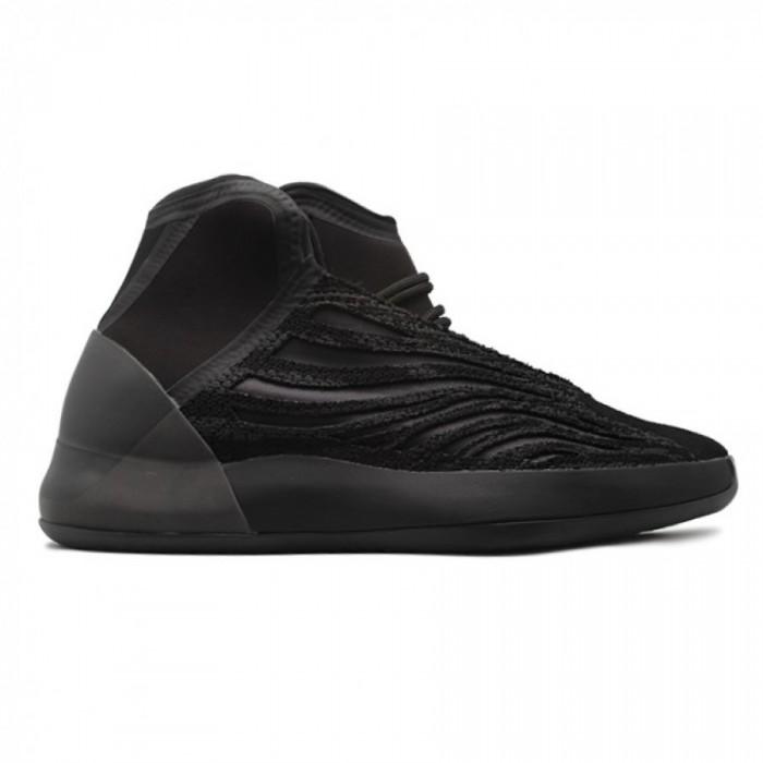 Мужские кроссовки  Boost Quantum Black