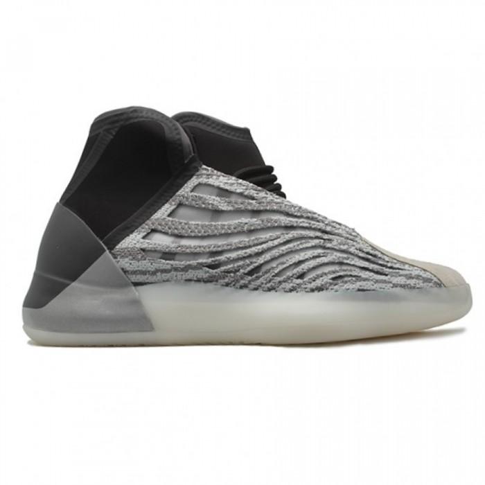 Кроссовки  мужские Adidas Yeezy Boost Quantum Grey/Black